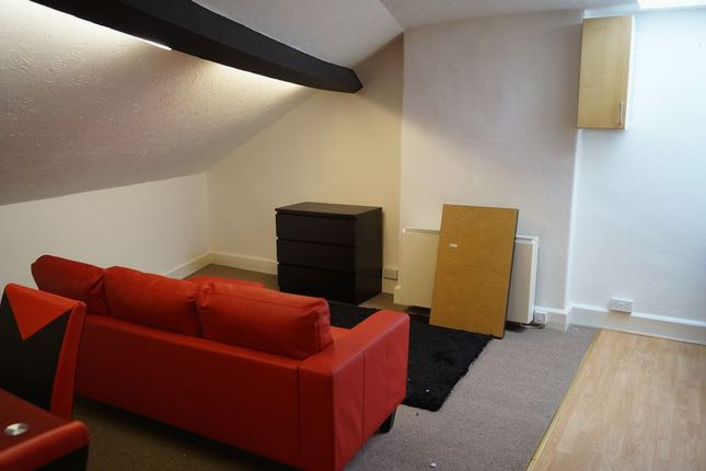 Thumbnail Flat to rent in Eldon Square, Dolgellau