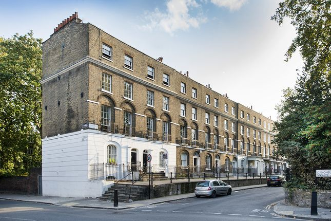 Thumbnail Flat for sale in Canonbury Square, London