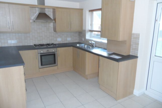 3 bed end terrace house to rent in The Fairways, Aberdare CF44