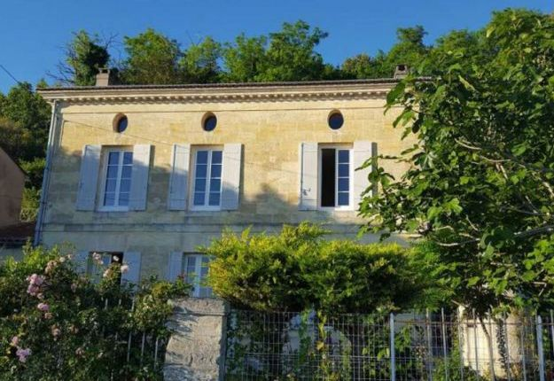5 bed property for sale in Blaye, Aquitaine, 33390, France