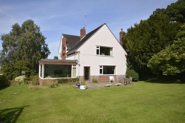 Thumbnail Detached house for sale in Burrows Lane, Frodsham
