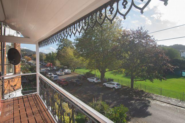 Verander Views of Barton Road, Dover CT16