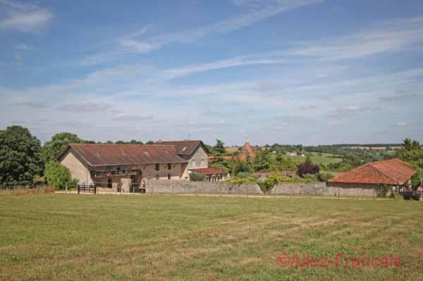 Thumbnail Equestrian property for sale in Asnois, Vienne, 86250, France