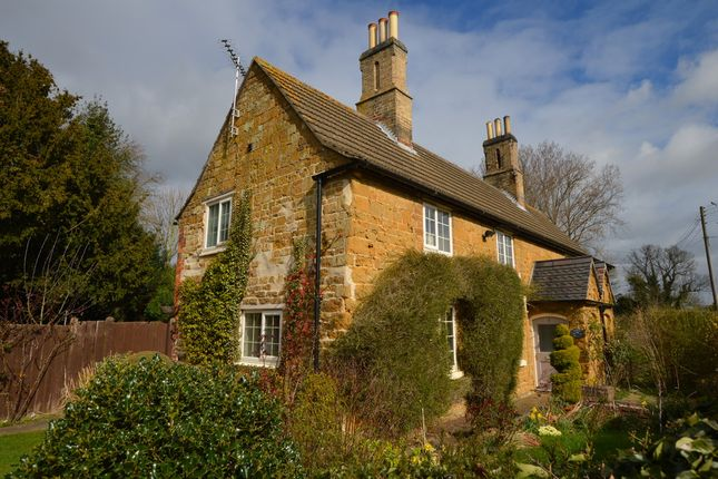 Thumbnail Cottage to rent in Pasture Lane, Knipton, Grantham