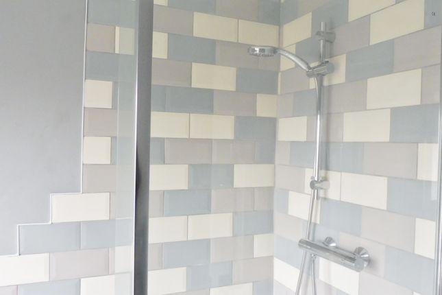 Bathroom of Windmill Avenue, Grimethorpe, Barnsley S72