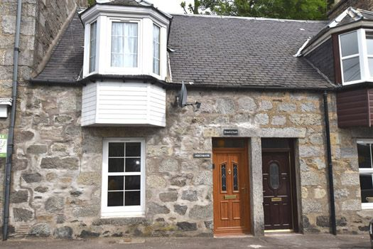 Thumbnail Terraced house to rent in Main Street, Kirkmichael, Blairgowrie.