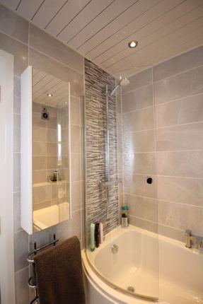 Bathroom of Church Court, Kirkcaldy KY1