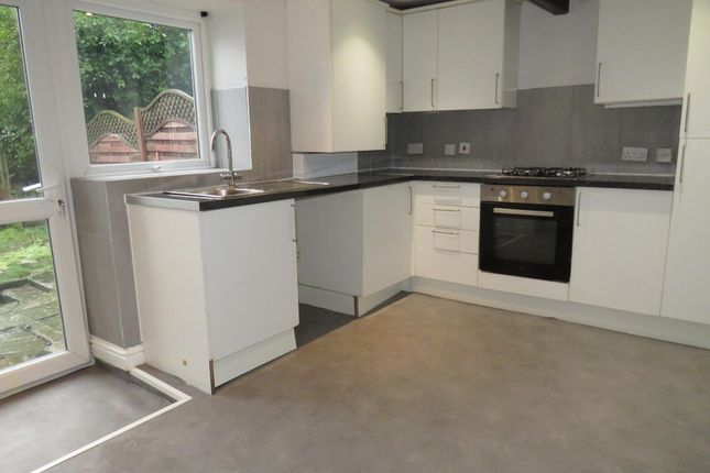 2 bed cottage to rent in Jumples, Halifax HX2