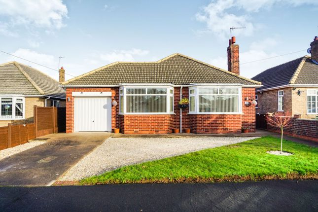Thumbnail Bungalow for sale in Prunus Avenue, Hull