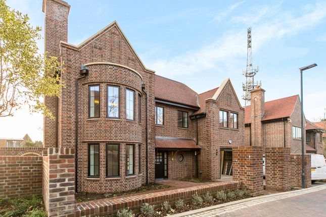 5 bed detached house for sale in Chandos Way, Wellgarth Road, London
