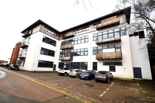 2 bed flat to rent in Queen Street, Wellingborough NN8