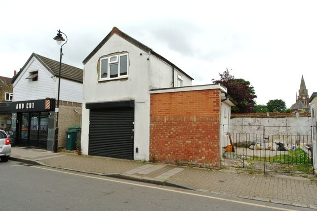 Thumbnail Detached house to rent in Southlands Road, Bromley
