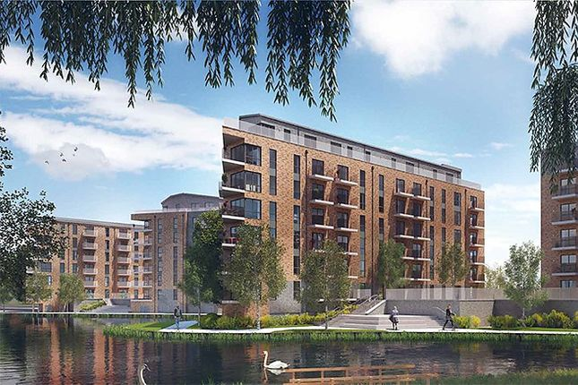 Thumbnail Flat for sale in Central Road, Dartford