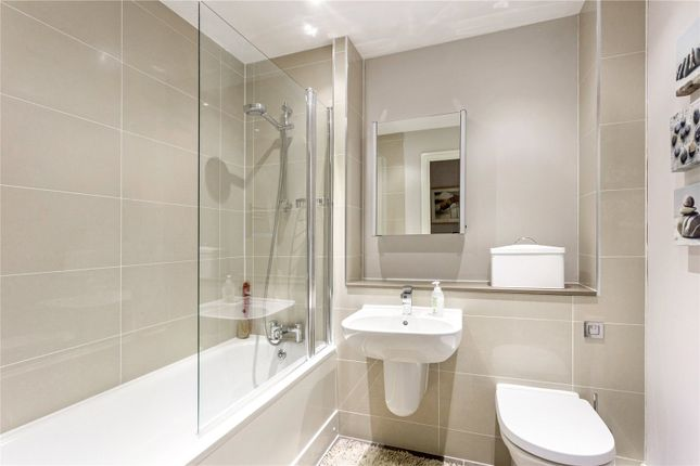 Bathroom of The Pond House, 19 Pittville Crescent, Cheltenham, Gloucestershire GL52