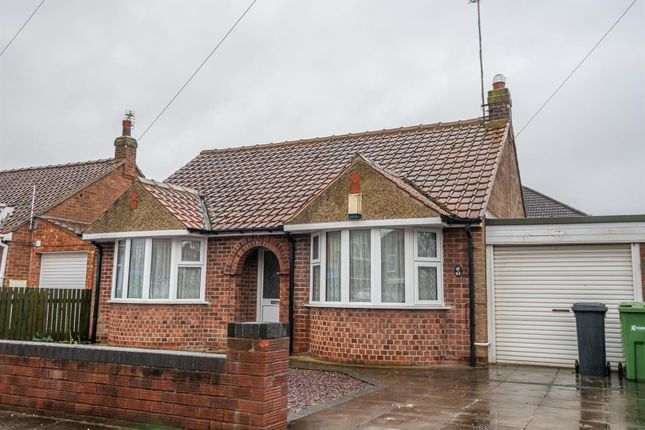 2 bed detached bungalow to rent in Bedale Avenue, York YO10