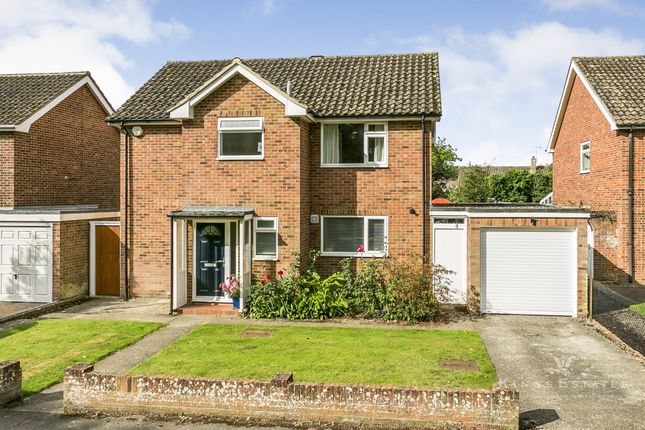 Thumbnail Detached house for sale in Streamside, Tonbridge