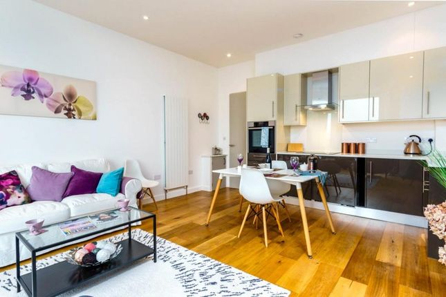 Thumbnail Flat to rent in Boisdale House, 78 North Road, Saltash, Cornwall