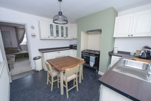 Kitchen/Diner of Sheffield Road, Stonegravels, Chesterfield S41