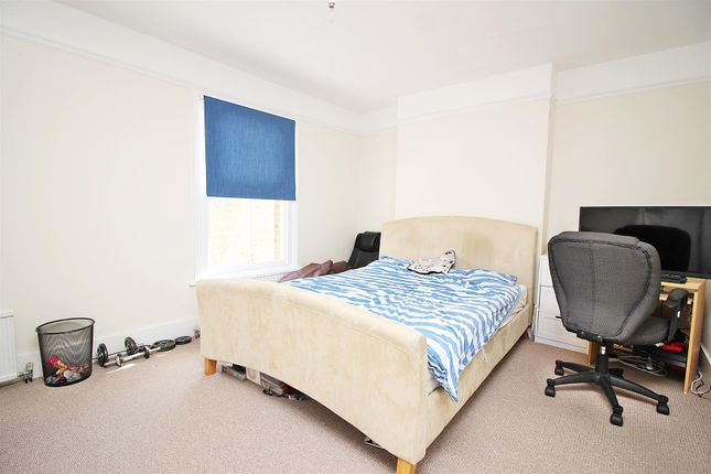 Bedroom 1 of Ashwell Street, St.Albans AL3