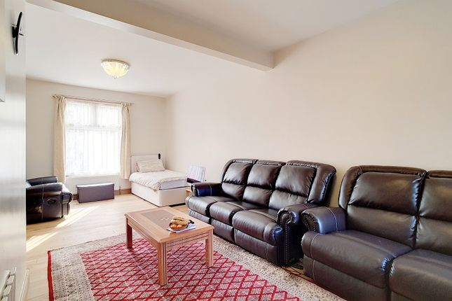 Thumbnail Terraced house for sale in Buxton Road, Stratford, London.