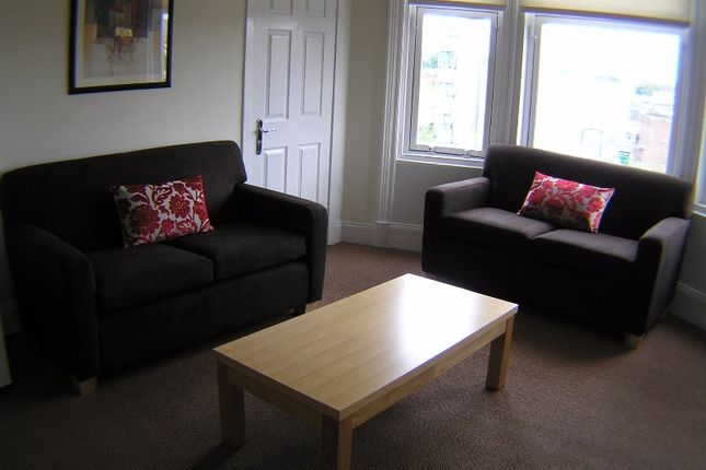 Thumbnail Flat to rent in Cumbernauld Road, Dennistoun, Glasgow