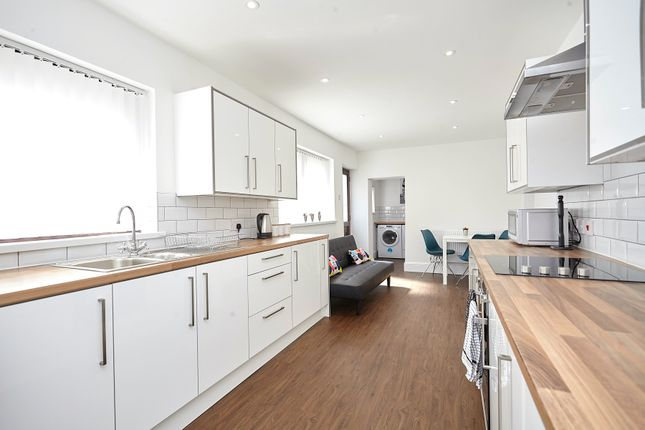 Thumbnail Shared accommodation to rent in Sherburn Street, Hull