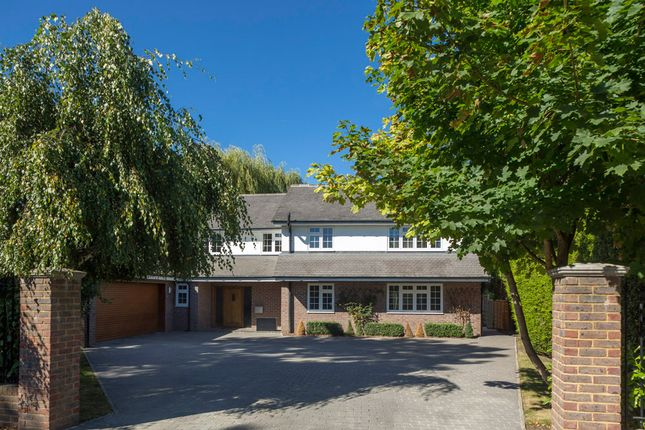 Thumbnail Detached house for sale in Bracondale, Esher
