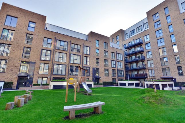 Thumbnail Property for sale in Nicholson Square, Bow, London