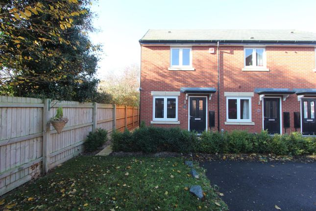 Thumbnail Town house for sale in Rookery Close, Sapcote, Leicester