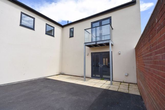 Thumbnail Flat for sale in Welton Court, Whitby