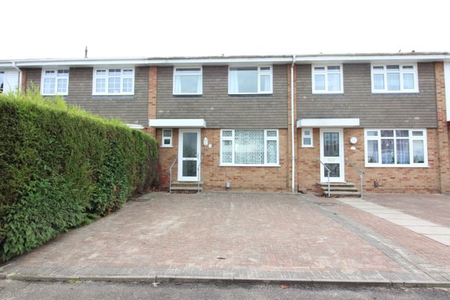 Thumbnail Terraced house to rent in Fleetside, West Molesey