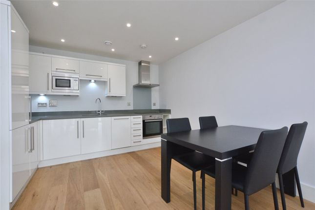 Kitchen of Argo House, 180 Kilburn Park Road, Kilburn Park, London NW6
