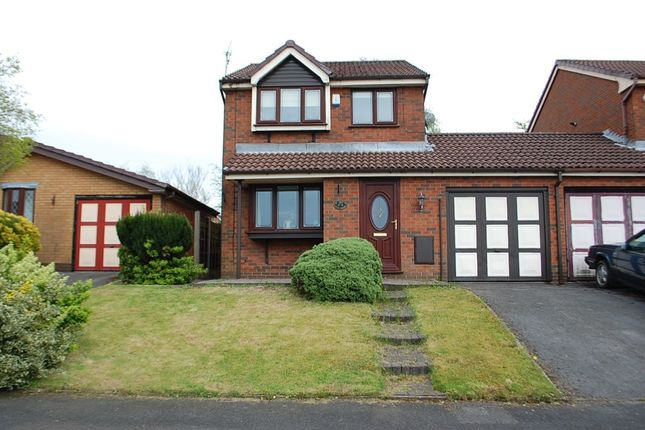 Thumbnail Detached house for sale in The Mere, Ashton-Under-Lyne