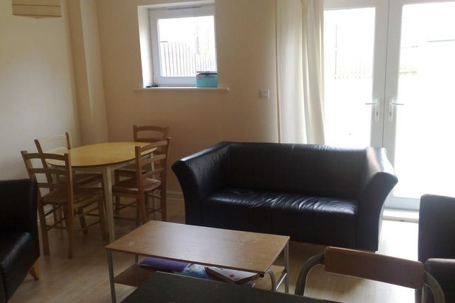 Thumbnail Property to rent in Beeches Hollow, Sheffield