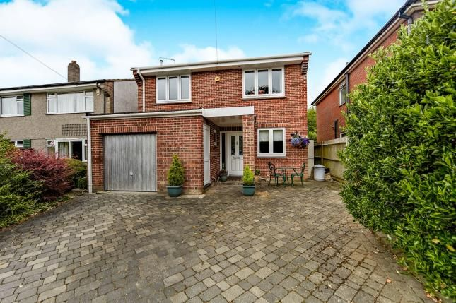 4 bed detached house for sale in Hartland Way, Croydon