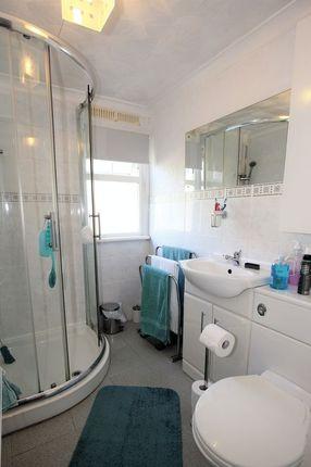 Shower Room of Tamar & St. Ann's Cottages, Honicombe Park, Callington PL17