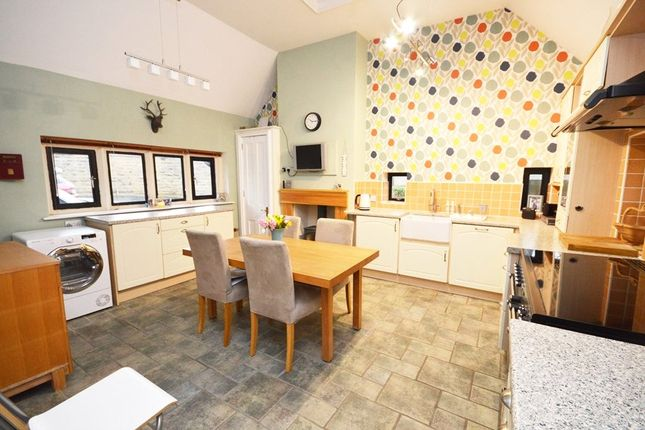 Dining Kitchen of St. Gabriels Court, Horsforth, Leeds, West Yorkshire LS18