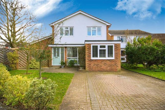 4 bed detached house for sale in Wensleydale Gardens, Hampton