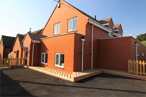 Thumbnail Flat to rent in Clinton Terrace, Budleigh Salterton, Devon