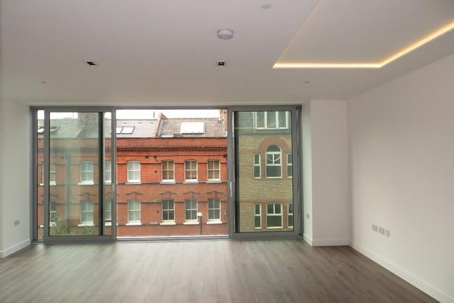 Thumbnail Flat to rent in Cashmere House, 37 Leman Street, London