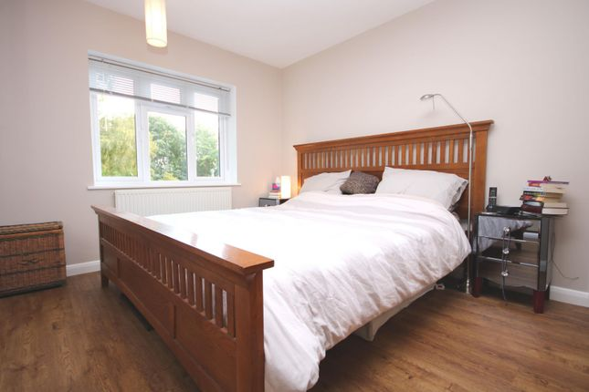 Bedroom of Greys Hill, Henley-On-Thames RG9