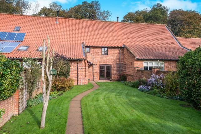 Thumbnail Barn conversion for sale in North Burlingham, Norwich, Norfolk