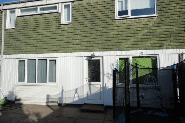 Thumbnail Terraced house for sale in Stebbing, Sutton Hill, Telford