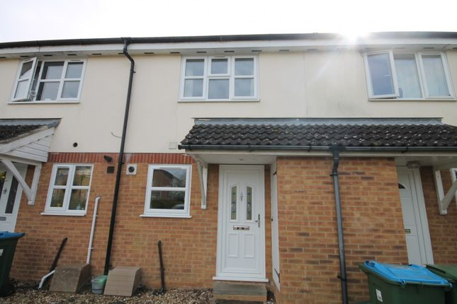 Thumbnail Property to rent in Turnstone Way, Aylesbury