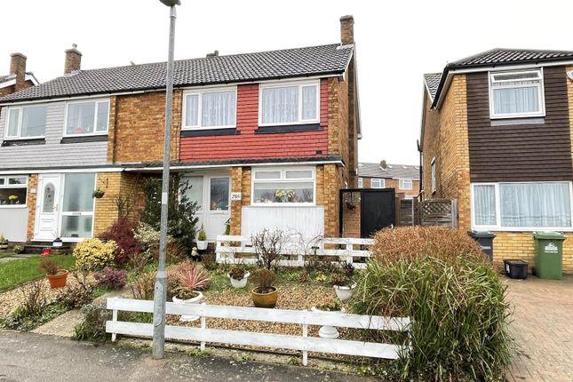 Thumbnail Semi-detached house for sale in Hammondstreet Road, Cheshunt, Waltham Cross