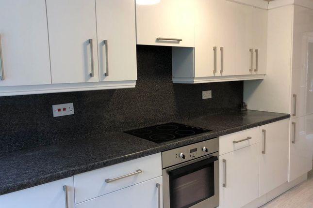 Thumbnail Property to rent in Emlyn Terrace, Plasmarl, Swansea