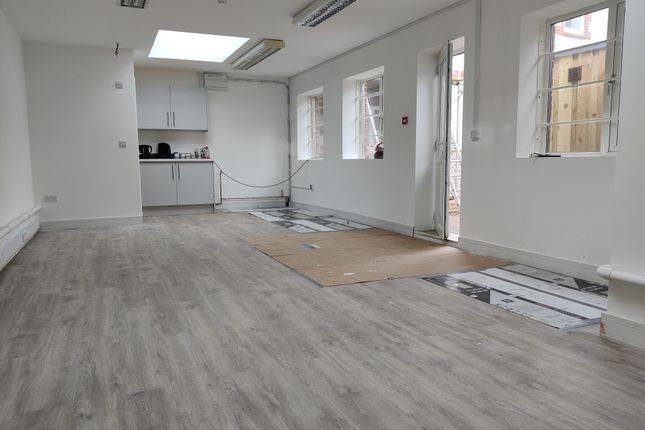 Thumbnail Office to let in North Road, Lancing
