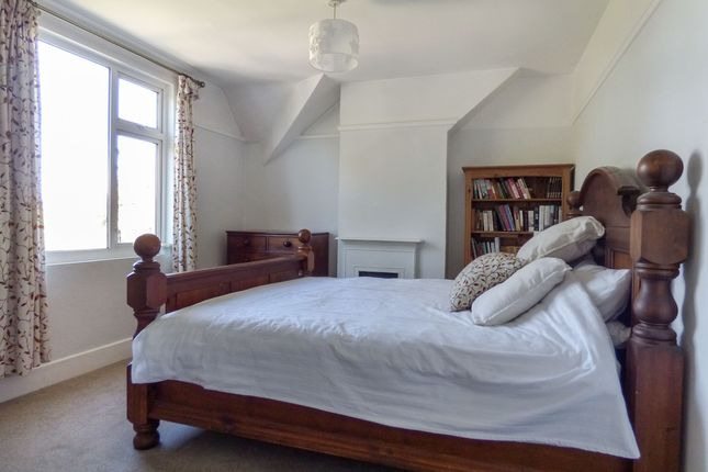 Bedroom 1 of Warminster Road, Bathampton, Bath BA2