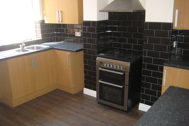 Kitchen Tiles Oldbury vernon road, oldbury b68, 3 bedroom end terrace house to rent