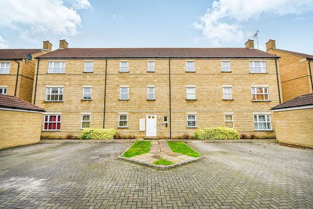 Thumbnail Flat to rent in Grouse Road, Calne